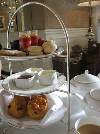The Shelbourne Dublin, A Renaissance Hotel: Romantic Afternoon Tea