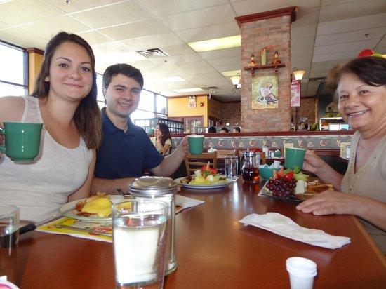 Chez Cora: Breakfest em família
