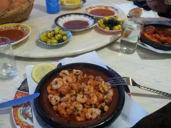 Snack Amine : amazing dish of tajine shrimp