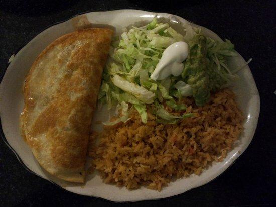 Mi Pueblito Mexican Restaurant: Quesadilla Rellanos