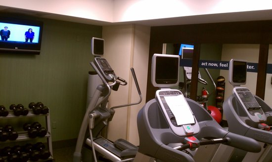 Hampton Inn & Suites Greenville - Downtown - Riverplace: fitness