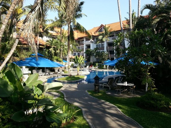 Sanur Paradise Plaza Suites Shady Pool