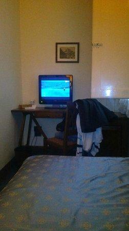 La Residenza: room