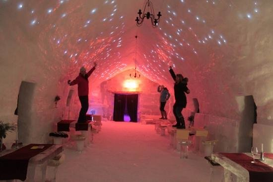 Ice Hotel Romania: dancing on the tables after hours