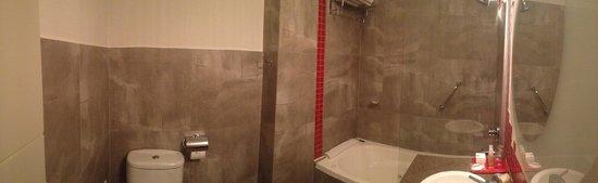 BA Sohotel: banheiro