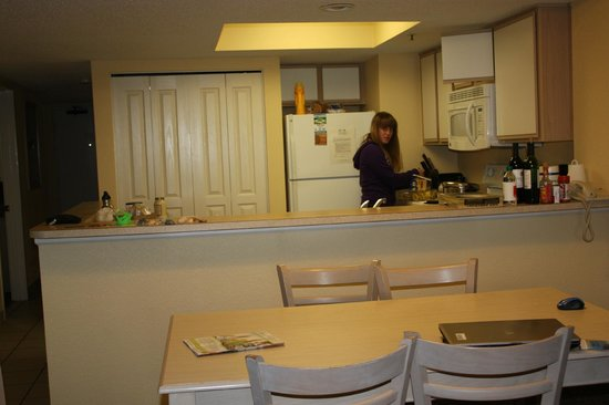 Compass Cove Oceanfront Resort: Open kitchen area of our 3-bedroom unit