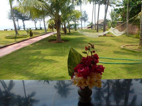 Varkala SeaShore Beach Resort: fresh flowers