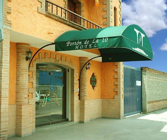 Hotel Porton de la 10 : Hotel Portón de la 10