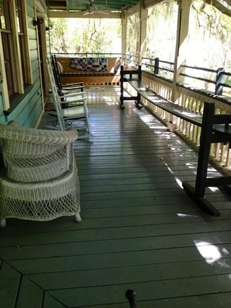 The Magnolia Plantation Bed and Breakfast Inn: the other half of the Carriage house private veranda