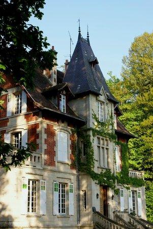 Ermitage de la Fontaine des Roches : Prachtig huis