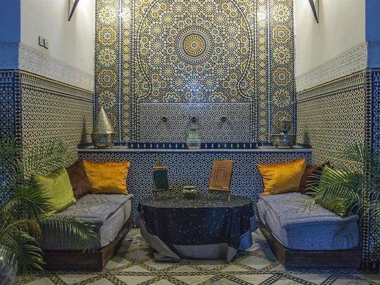 Riad Laayoun: la fontaine