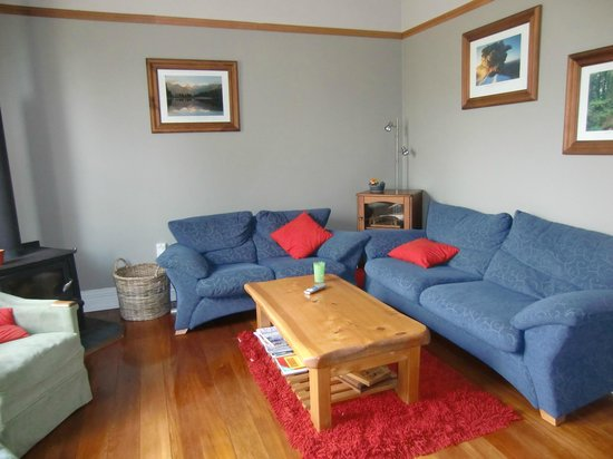Shortbread Cottage: Living room