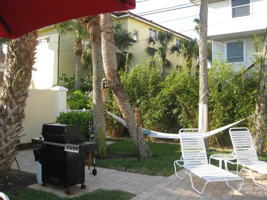 Sea Spray Resort on Siesta Key : Always a fresh fire laid for late nite relaxing at the pool
