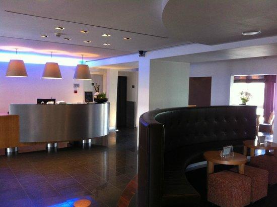 Hotel ECU - Different Hotels : Reception