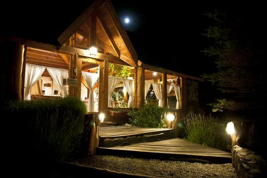 Hosteria Casa del Lago
