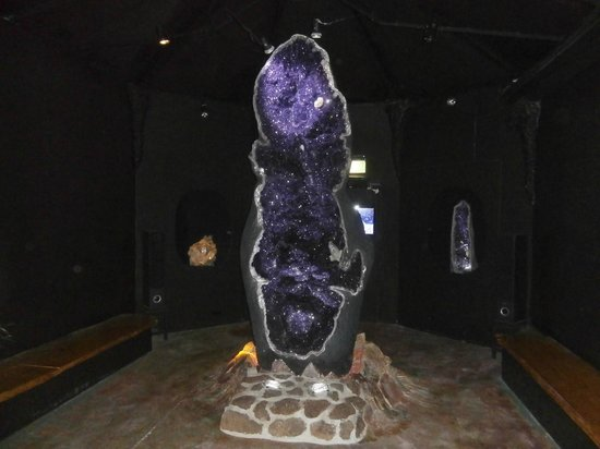 The Crystal Caves: The World's largest Amethyst geode found in Uruguay