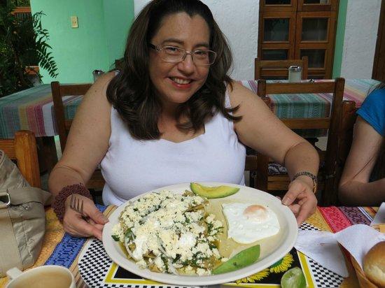 Las Golondrinas: Breakfast3