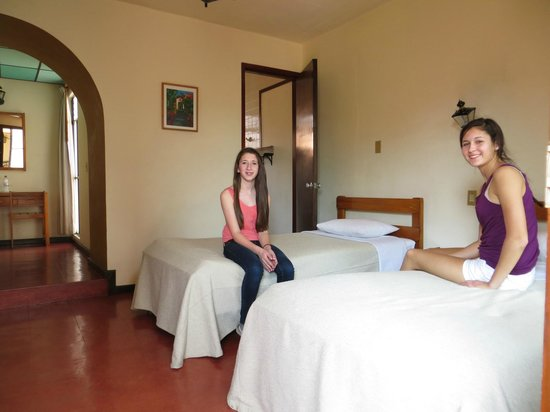 Las Golondrinas: The rooms.  Simple yet so clean.