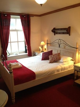 The Vestry: king size beds