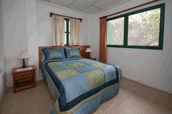 Galapagos Chalet: Room 1