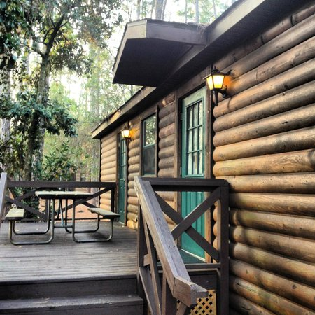 The Campsites at Disney's Fort Wilderness Resort: Area externa da cabana
