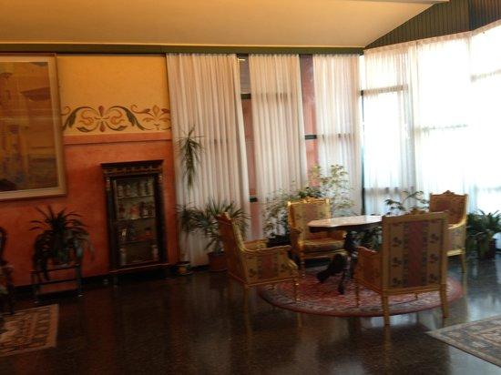 Hotel Ciudad de Burgos : Lounge