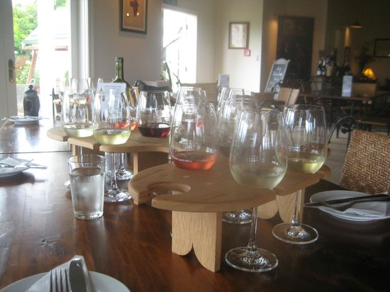 Marlborough Elite Tours - Day Tours: Private tastings