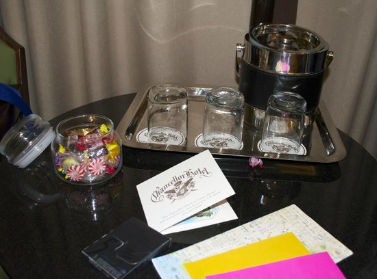 Chancellor Hotel on Union Square: Candy jar