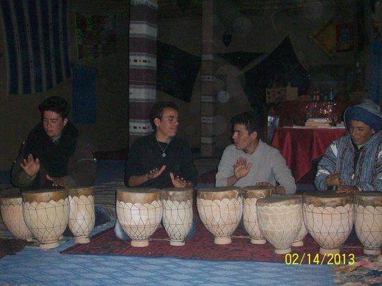 Ouzina, Marokko: musica