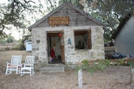 Fort Croghan Grounds and Museum: The Stagecoach House