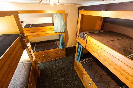 Haka Lodge Queenstown: Six Bed Dorm Room