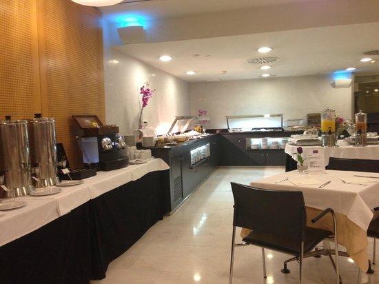 Ayre Hotel Caspe: 朝食