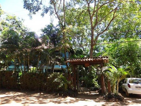 Pousada Bambu: Vista da frente do hotel