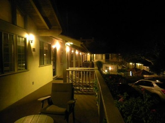 Comfort Inn Carmel By The Sea: night view of upstairs deck in front of room 60