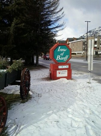 Inns of Banff sign