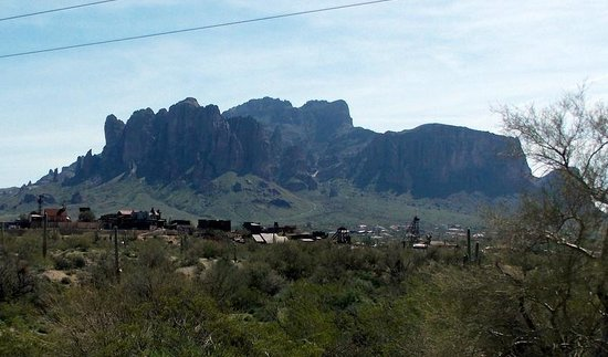Goldfield Ghost Town: A view from an OK Corral Trail ride