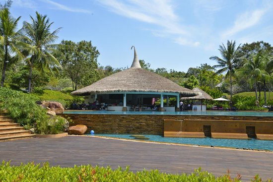Phulay Bay, A Ritz-Carlton Reserve: Pool bar