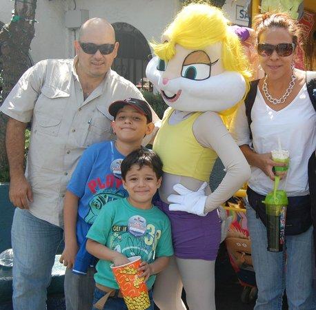 Six Flags Mexico : Mi Fam