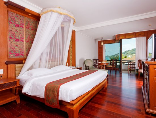 Diamond Cliff Resort and Spa: Super Deluxe Double Bed