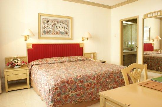 Kusuma Sahid Prince Hotel: superior room