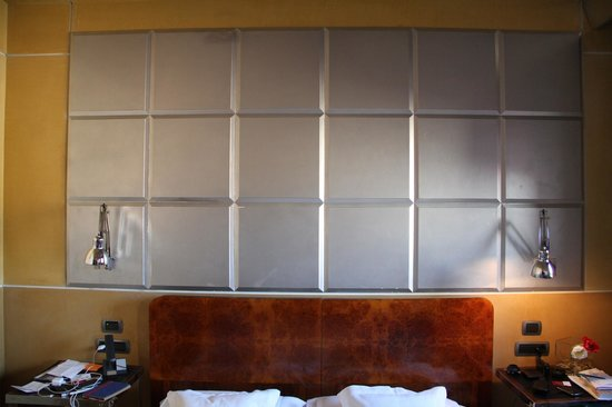 Ca' Pisani Hotel: The headboard