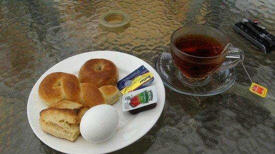 Anita House: 陽春早餐