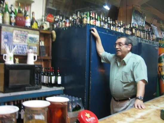 Bar Restaurant Cinzano: chatting with the manager