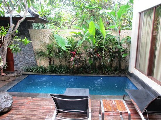 The Dipan Resort Petitenget: Pool view in the day