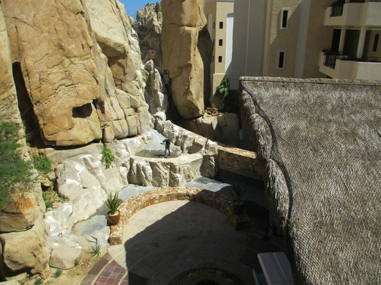 Grand Solmar Land's End Resort & Spa: Waterfall