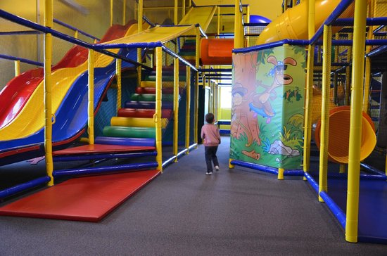 West Chester, OH: Indoor playground.