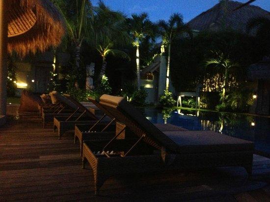 블루 카르마 호텔 사진