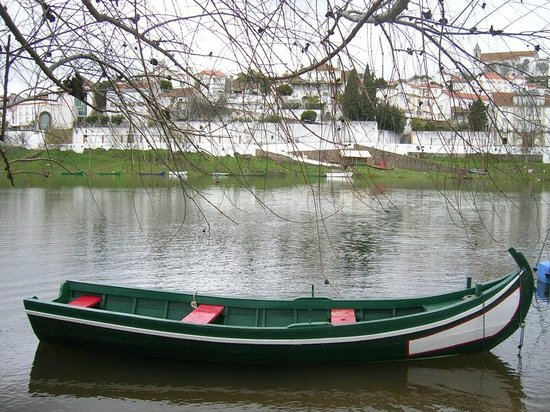 Constancia, Portugal: Constância is the beauty between 2 rivers;) check this out!