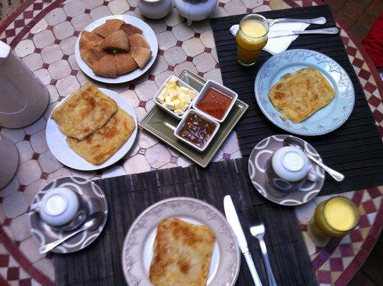 Riad Minorisa: Typical simple delicious breakfast