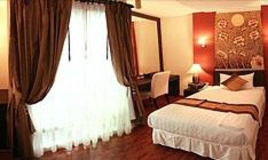Mirth Sathorn Hotel: Superior Rooms